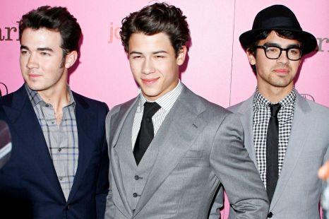 Jonas-Brothers-Wallpapers-5