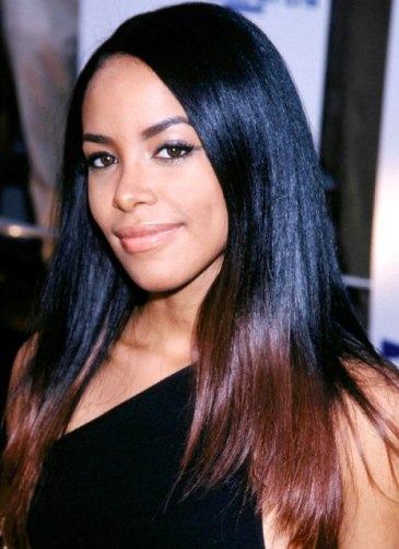 Aaliyah at the 2000 MTV Movie Awards held at Sony Picture Studios in Culver City, CA on June 3, 2000. Photographer: Paul Fenton_Shooting Star