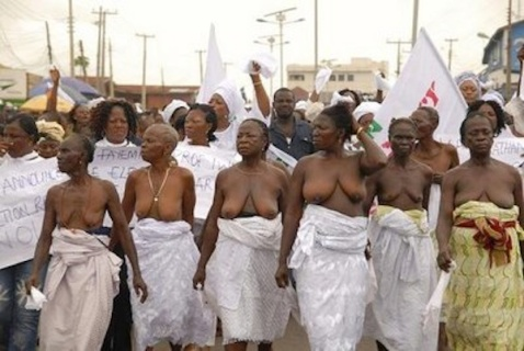 nigeria-naked-protest